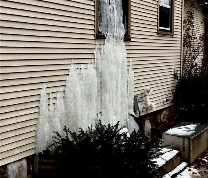 Water Damage Why are Frozen Water Pipes Dangerous?